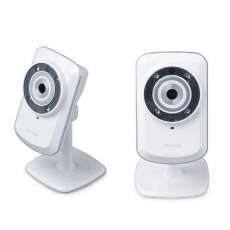 D-Link (DCS-932L) Wireless N Day/Night Home Network Cloud Camera